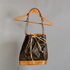 [Louis Vuitton] authentic bucket bag